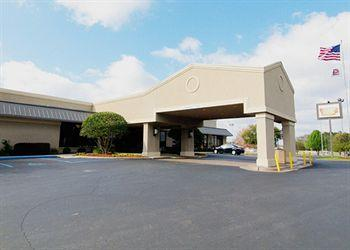 Clarion Inn & Suites