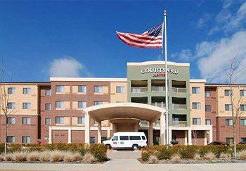 Courtyard by Marriott Arlington South