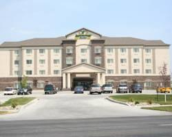 Expressway Suites of Fargo