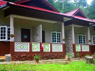 Nusa Holiday Villa