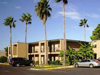 Harlingen Howard Johnson Inn
