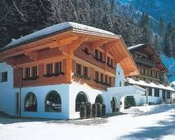 Waldhotel Doldenhorn