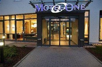 Motel One Stuttgart-Hauptbahnhof