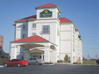 Photo of La Quinta Inn &amp; Suites Cincinnati Airport Florence