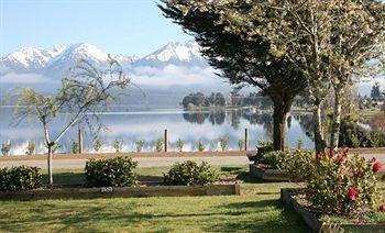 Te Anau Lakevie