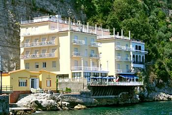 Photo of Hotel Admiral Sorrento