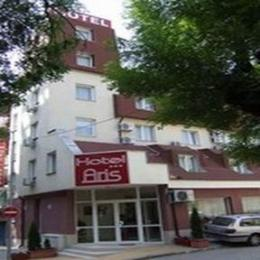 Hotel Aris