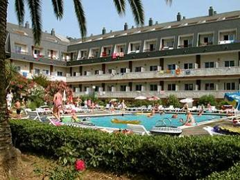 Santa Susanna Resort