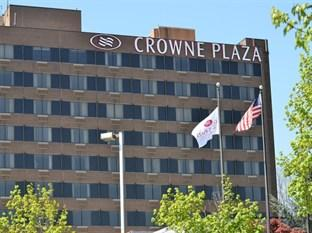 ‪Crowne Plaza Danbury‬