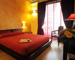 "Bed and Breakfast ""Muro Torto Cairoli"""