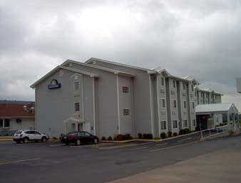 Photo of Days Inn Sallisaw