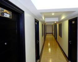 Banana Leaf Hotel & Serviced Apartment