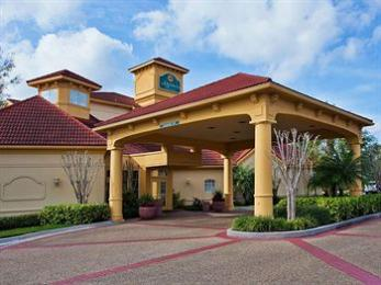 La Quinta Inn & Suites USF (Near Busch Gardens)