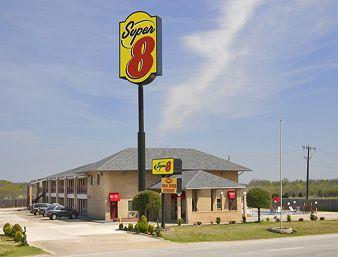 ‪Super 8 Terrell Dallas Area‬