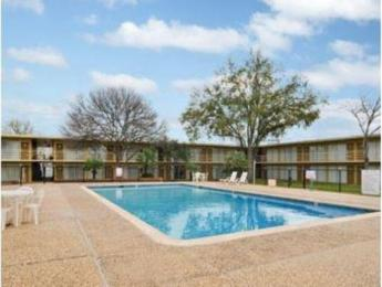 University Inn College Station