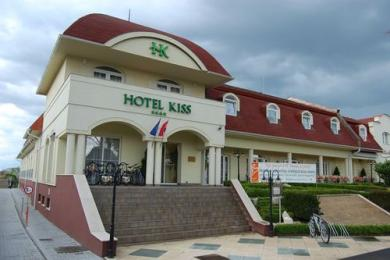 Photo of Hotel Kiss Tata