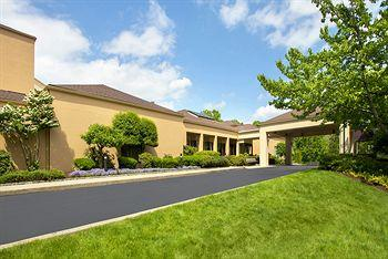 Photo of Courtyard by Marriott Tarrytown Greenburgh