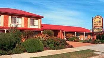 BEST WESTERN Colonial Motor Inn