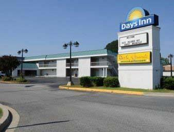 Days Inn Lexington Park