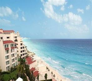 Photo of Solymar Beach & Resort Cancun