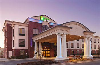 ‪Holiday Inn Express Hotel & Suites Pine Bluff/Pines Mall‬