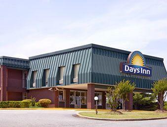 Photo of Days Inn Seneca