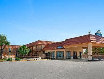 Days Inn Burleson-Fort Worth