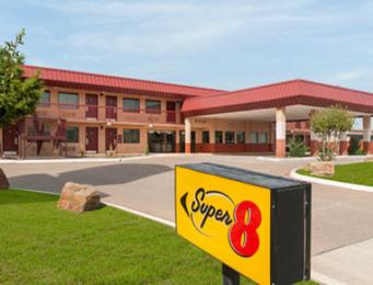 Super 8 Dallas/Love Field/Mkt Ctr Area