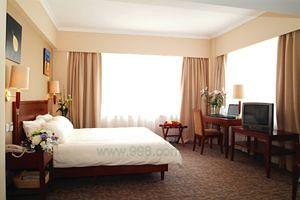 Green Tree Inn (Shanghai Pudong Expo Village Business Hotel)