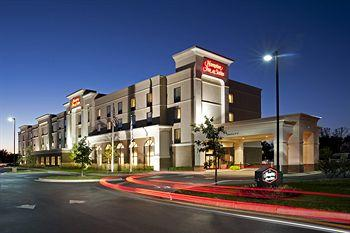 ‪Hampton Inn & Suites Indianapolis-Airport‬