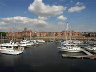 Photo of Base Serviced Apartments - South Ferry Quay Liverpool