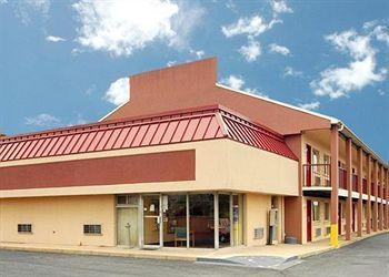 ‪Econo Lodge Northeast‬