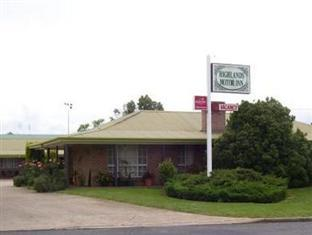 ‪Highlands Motor Inn‬