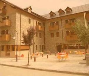Photo of Hotel Els Encantats Espot