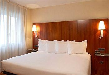 Photo of AC Hotel Ciudad de Pamplona by Marriott
