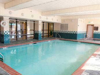 La Quinta Inn & Suites Memphis East-Sycamore View