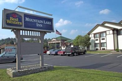 ‪BEST WESTERN Mountain Lake Inn‬