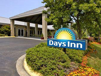 Photo of Days Inn Asheville Mall