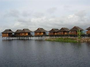 Golden Island Cottages II