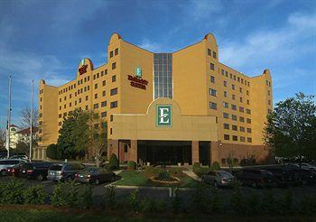 Photo of Embassy Suites Hotel Charlotte