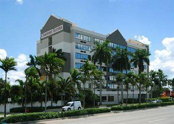 Photo of Comfort Suites Airport & Cruise Port Fort Lauderdale