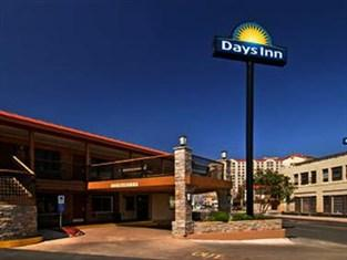 Days Inn Alamo/Riverwalk