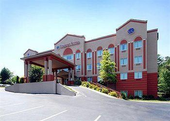 Photo of Comfort Suites Raleigh