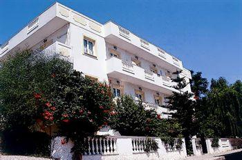 Photo of Skalidis Apartments Tolon