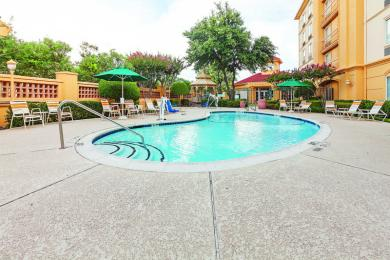 ‪La Quinta Inn & Suites Dallas Arlington South‬