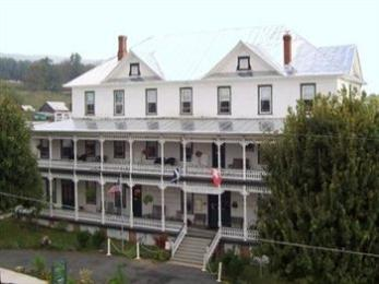 Highland Inn