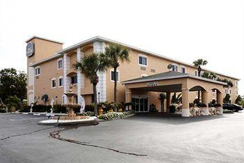 BEST WESTERN Bonita Springs Hotel & Suites
