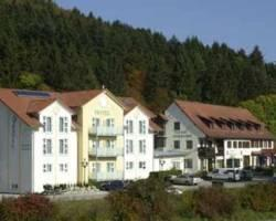 Landhotel Huehnerhof