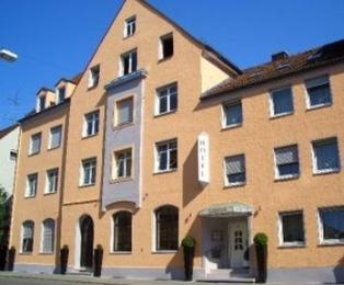Hotel Goldener Falke