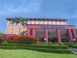 The Aryaduta Hotel & Country Club